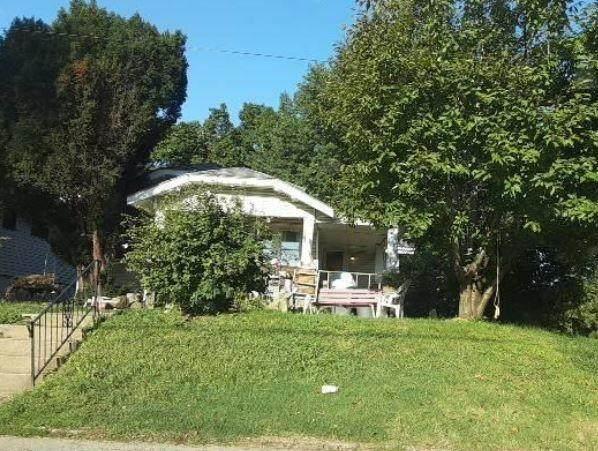 1262 N 36th Street, Kansas City, KS 66102 (#2248071) :: Austin Home Team