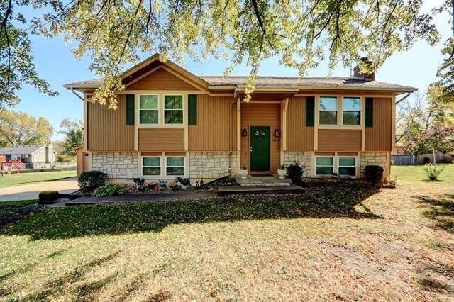 15705 Lawrence Avenue, Belton, MO 64012 (#2248072) :: Ron Henderson & Associates