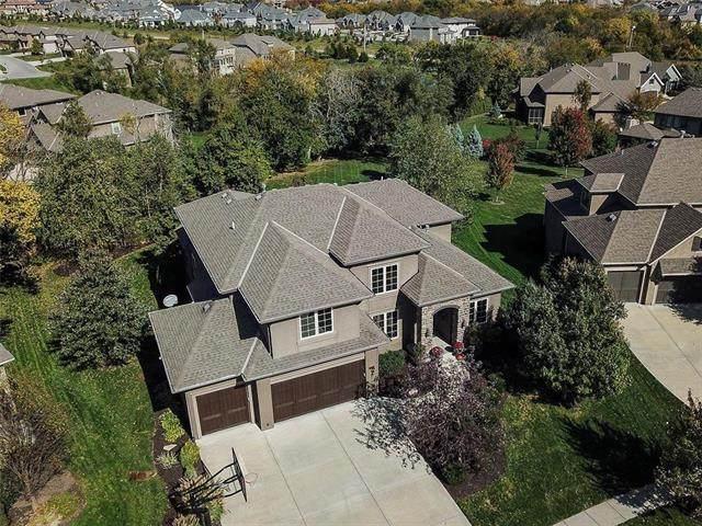16333 Monrovia Street, Overland Park, KS 66221 (#2248081) :: Dani Beyer Real Estate