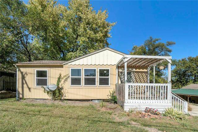 5116 NE 48th Street, Kansas City, MO 64119 (#2248223) :: Dani Beyer Real Estate