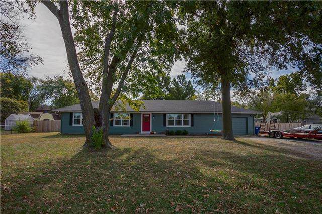 19773 Linwood Road, Linwood, KS 66052 (#2248313) :: Edie Waters Network