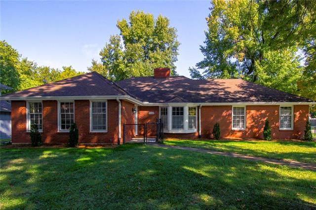 8104 Greeley Avenue, Kansas City, KS 66109 (#2248338) :: Dani Beyer Real Estate