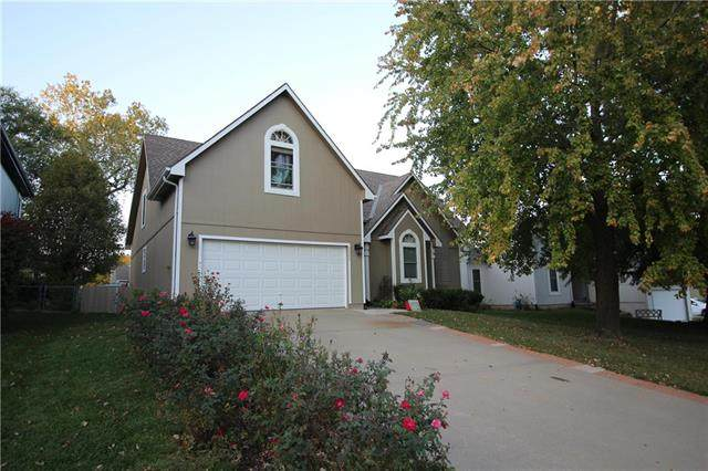 9906 W 50th Terrace, Merriam, KS 66203 (#2248363) :: Team Real Estate