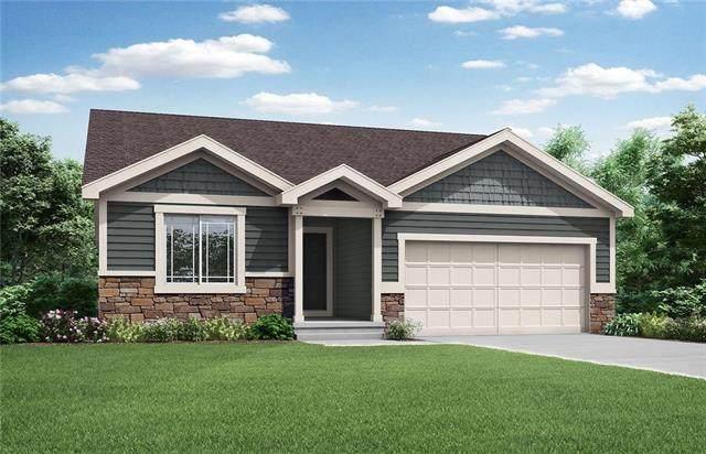 8644 N Liston Avenue, Kansas City, MO 64154 (#2248404) :: Ron Henderson & Associates