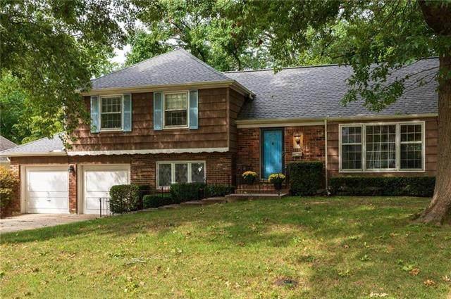 9248 Somerset Drive, Overland Park, KS 66207 (#2248505) :: Dani Beyer Real Estate