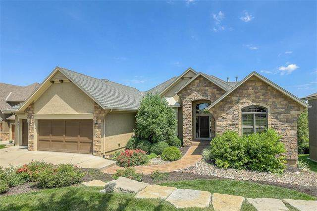 9311 Pinnacle Street, Lenexa, KS 66220 (#2248547) :: Five-Star Homes
