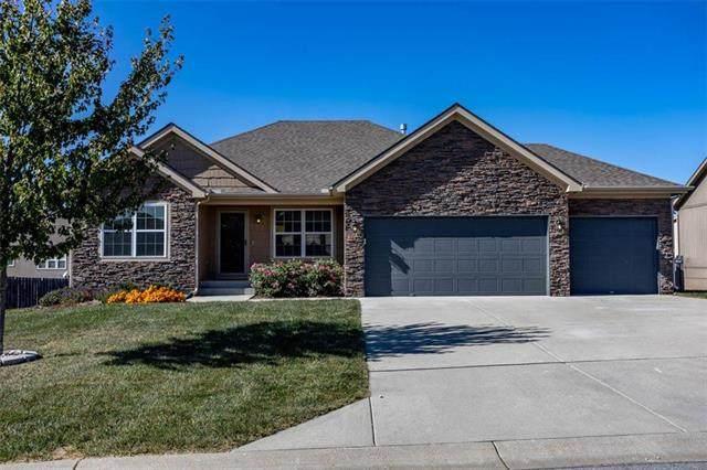 14254 S Landon Street, Olathe, KS 66061 (#2248574) :: Team Real Estate