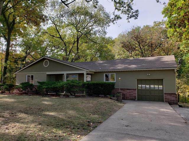 7724 N Mcgee Street, Kansas City, MO 64118 (#2248582) :: Austin Home Team