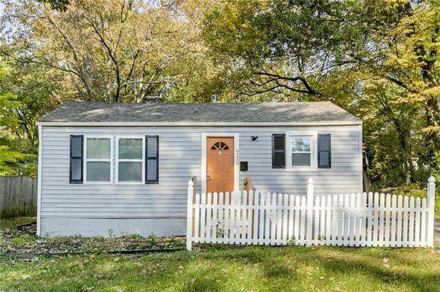 9218 Grand Avenue, Kansas City, MO 64114 (#2248645) :: Five-Star Homes