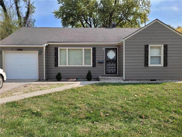 7215 Blue Ridge Boulevard, Raytown, MO 64133 (#2248669) :: Dani Beyer Real Estate