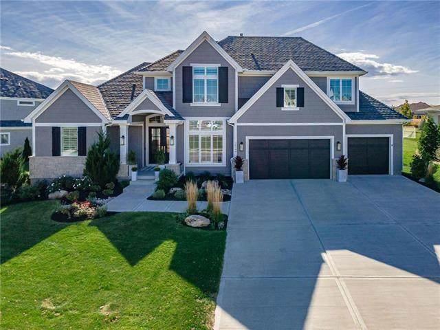 16144 Garnett Street, Overland Park, KS 66221 (#2248684) :: Dani Beyer Real Estate