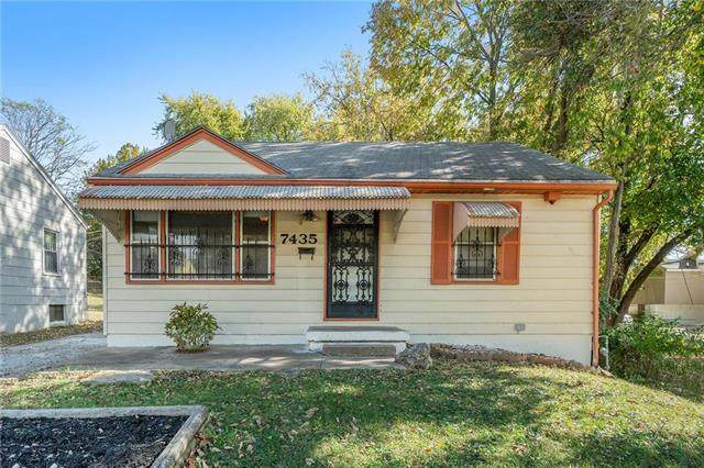 7435 Bellefontaine Avenue, Kansas City, MO 64132 (#2248687) :: Ask Cathy Marketing Group, LLC