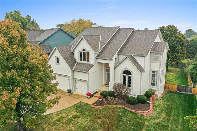 11919 Noland Street, Overland Park, KS 66213 (#2248688) :: Team Real Estate