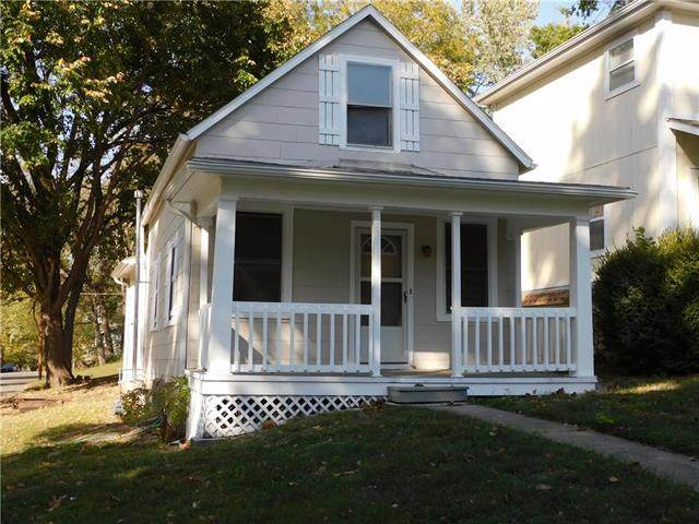 716 Chestnut Street, Leavenworth, KS 66048 (#2248705) :: Beginnings KC Team