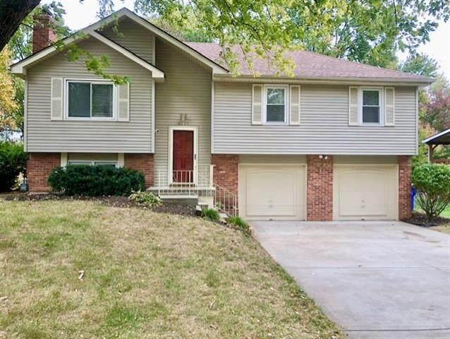 6205 Cottonwood Drive, Shawnee, KS 66216 (#2248738) :: Team Real Estate