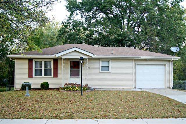 1602 Ottawa Street, Leavenworth, KS 66048 (#2248777) :: Beginnings KC Team