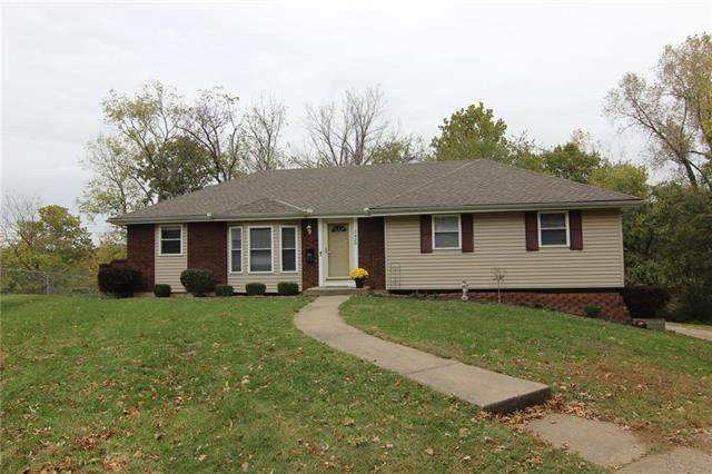 5429 Westgate Street, Shawnee, KS 66216 (#2248825) :: Team Real Estate