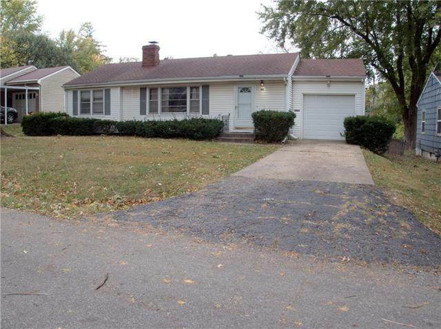 3712 S Vermont Avenue, Independence, MO 64052 (#2248853) :: Five-Star Homes