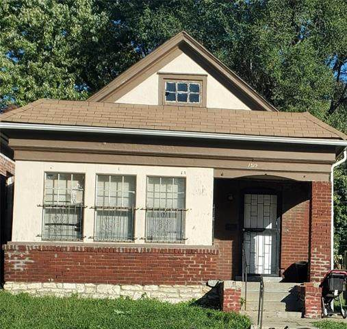 1319 Brooklyn Avenue, Kansas City, MO 64127 (#2248860) :: Team Real Estate