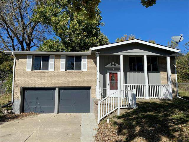 8312 E 59TH Street, Kansas City, MO 64129 (#2248864) :: Team Real Estate