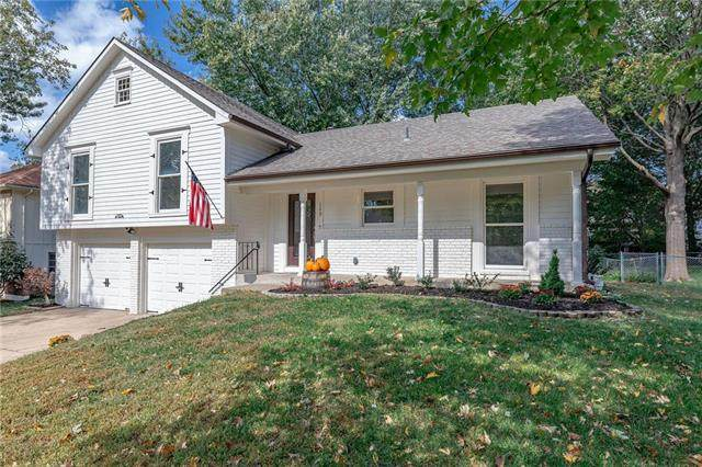 109 SE Saratoga Drive, Blue Springs, MO 64014 (#2248873) :: Edie Waters Network