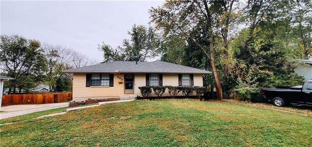 203 W 7th Street, Knob Noster, MO 65336 (#2248882) :: Ask Cathy Marketing Group, LLC