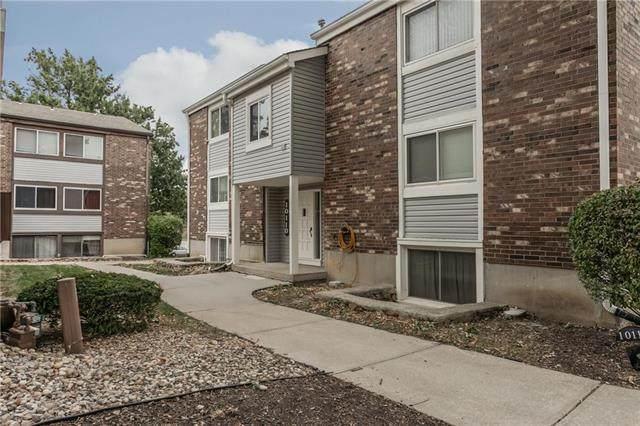 10110 W 96th Terrace #E, Overland Park, KS 66212 (#2248970) :: Ask Cathy Marketing Group, LLC