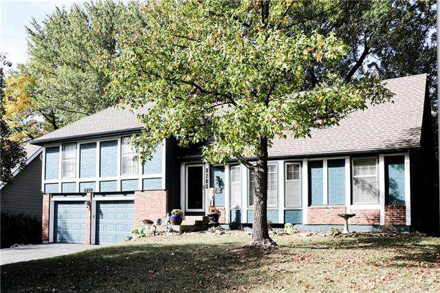 8208 Hauser Drive, Lenexa, KS 66215 (#2248995) :: House of Couse Group