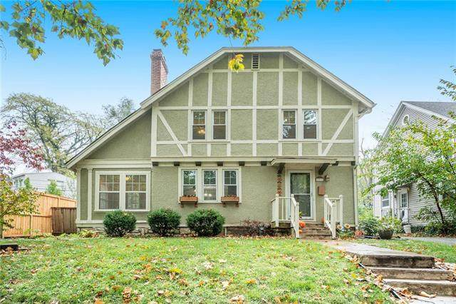 6517 Edgevale Road, Kansas City, MO 64113 (#2249002) :: Five-Star Homes
