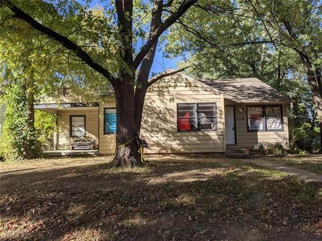 1114 NE 44TH Street, Kansas City, MO 64116 (#2249006) :: House of Couse Group