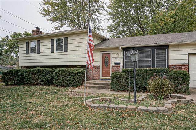 8938 Knox Lane, Overland Park, KS 66212 (#2249036) :: Ask Cathy Marketing Group, LLC