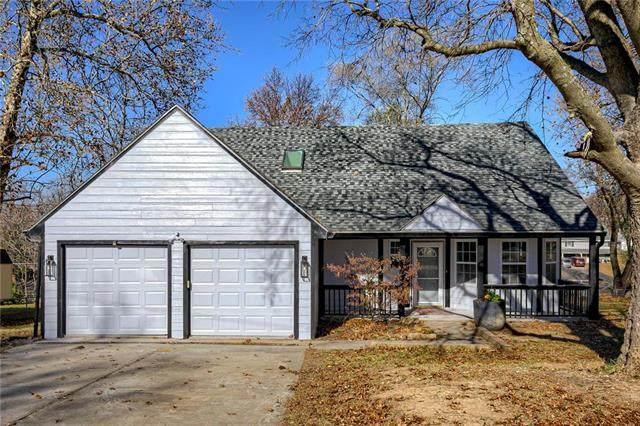 6722 NE 49th Street, Kansas City, MO 64119 (#2249080) :: House of Couse Group