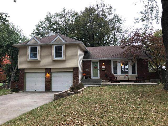 4708 Bluejacket Street, Shawnee, KS 66203 (#2249089) :: Ron Henderson & Associates