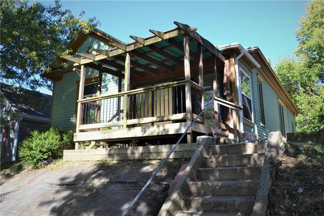 2717 Patee Street, St Joseph, MO 64507 (#2249135) :: Team Real Estate