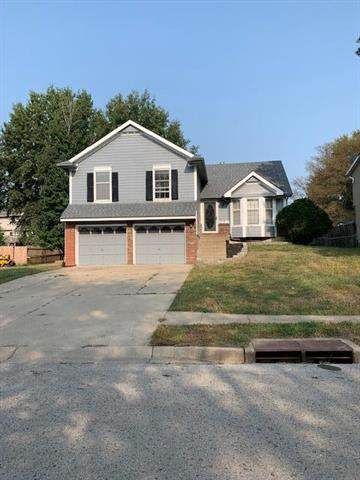 3520 Winchester Drive, Leavenworth, KS 66048 (#2249165) :: Beginnings KC Team