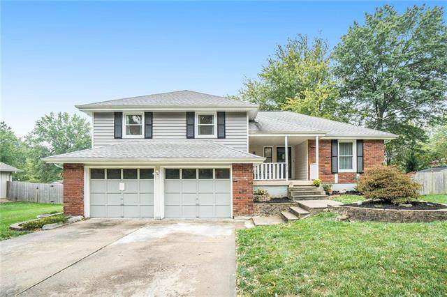 919 SE 5th Street, Lee's Summit, MO 64063 (#2249183) :: House of Couse Group
