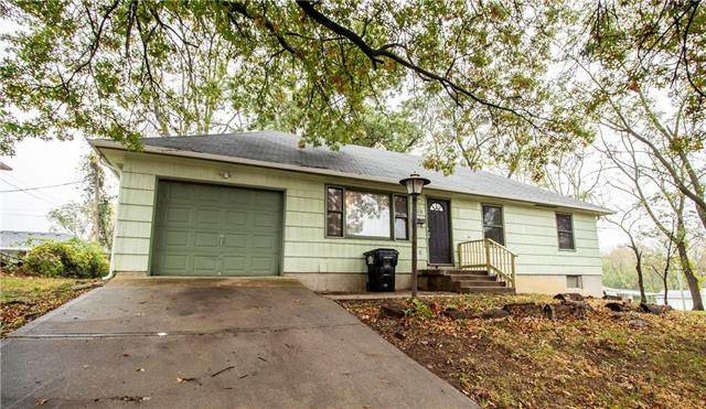 1813 S Crescent Avenue, Independence, MO 64052 (#2249203) :: Beginnings KC Team
