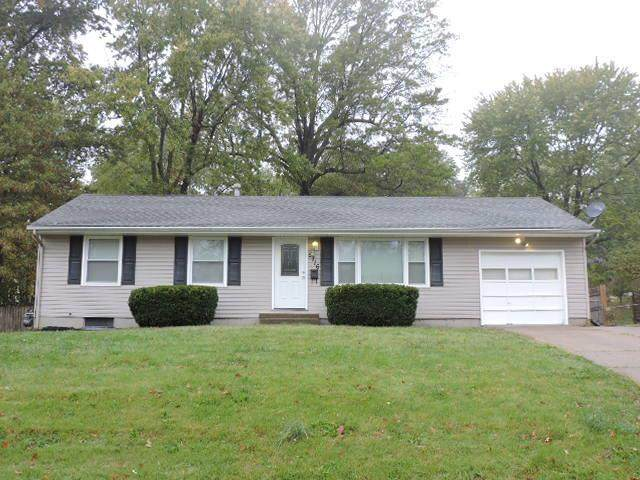 5716 Elm Avenue, Raytown, MO 64133 (#2249228) :: Jessup Homes Real Estate | RE/MAX Infinity