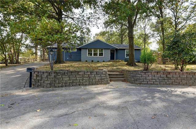 5 Carver Place, Smithville, MO 64089 (#2249240) :: Eric Craig Real Estate Team