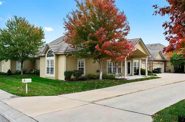 5417 W 145th Terrace, Leawood, KS 66224 (#2249248) :: Eric Craig Real Estate Team