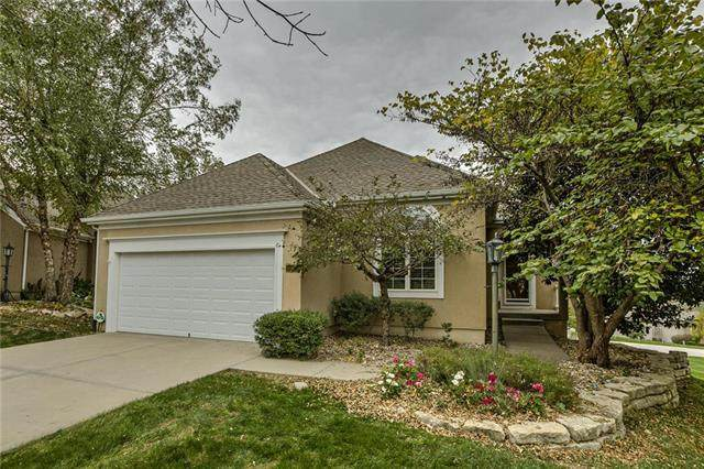14418 Meadow Court, Leawood, KS 66224 (#2249258) :: Eric Craig Real Estate Team