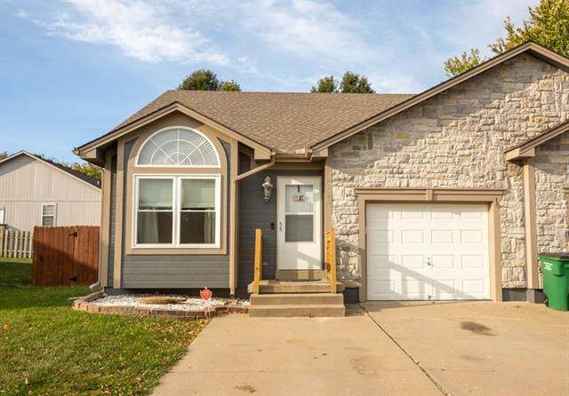 21546 S Soryl Avenue, Peculiar, MO 64078 (#2249260) :: Team Real Estate