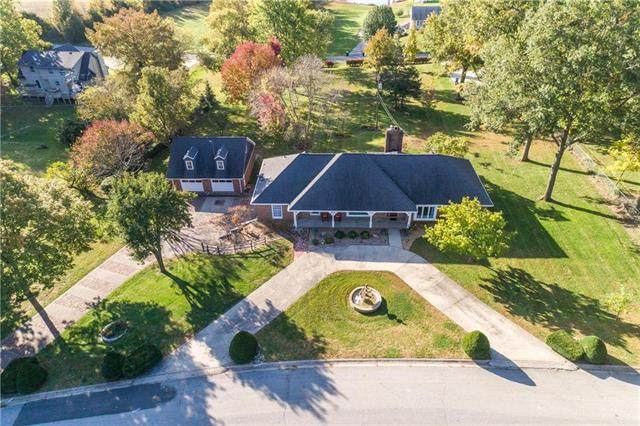 1011 Southwind Drive, Excelsior Springs, MO 64024 (#2249262) :: Edie Waters Network