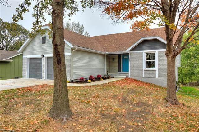 11437 N Wayne Avenue, Kansas City, MO 64155 (#2249316) :: House of Couse Group