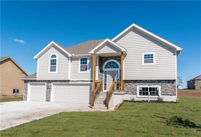1918 N 162nd Terrace, Basehor, KS 66007 (#2249317) :: Team Real Estate