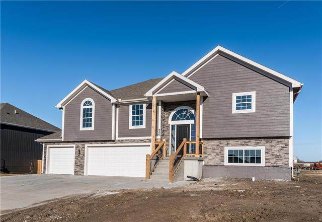 1910 N 162nd Terrace, Basehor, KS 66007 (#2249320) :: Beginnings KC Team