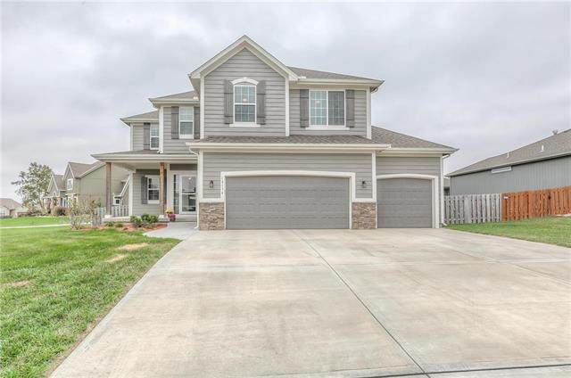 14134 S Pascal Street, Olathe, KS 66061 (#2249321) :: Team Real Estate