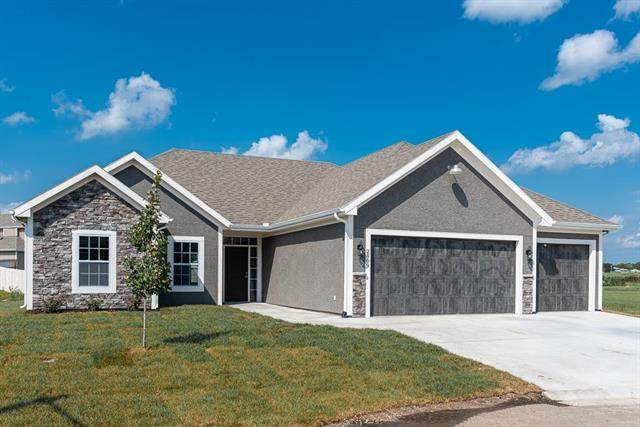 1911 N 162nd Terrace, Basehor, KS 66007 (#2249326) :: Team Real Estate