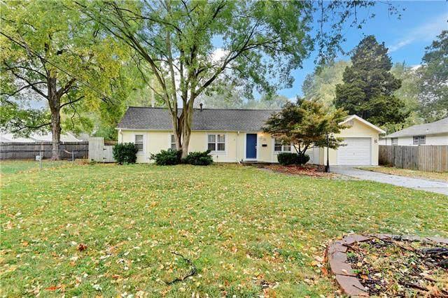 10 E 91st Terrace, Kansas City, MO 64114 (#2249327) :: Team Real Estate