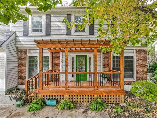 13210 W 116th Street, Overland Park, KS 66210 (#2249367) :: The Shannon Lyon Group - ReeceNichols